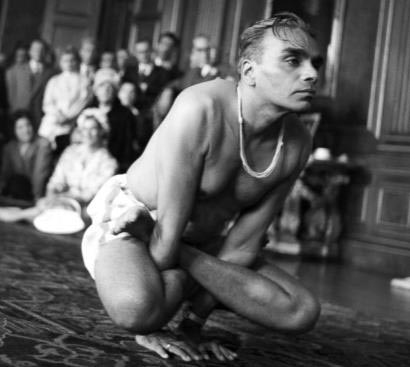 The great teacher, B. K. S. Iyengar in Kukkutasana.